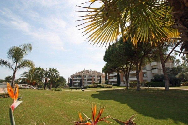 Sold: 2 Bedroom2, Bathroom Apartment in La Trinidad, Marbella Golden Mile